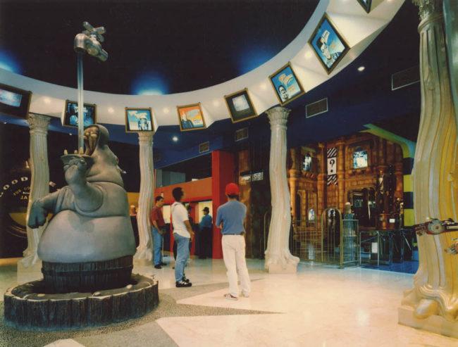 Hippo Water Fountain Ripley\'s Believe It or Not Jakarta, Indonesia